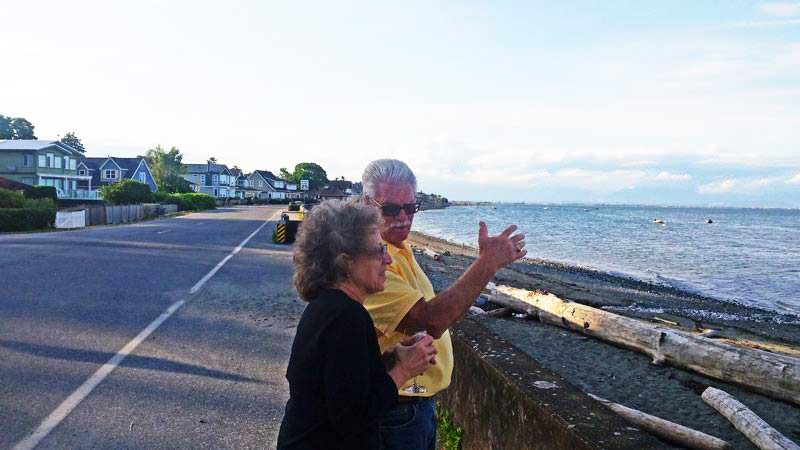 Wayne telling Fay about the area.